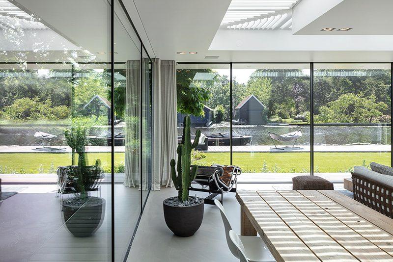 moderne uitbreiding bestaande villa